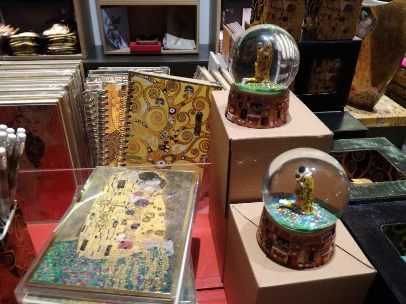 Merchandising Klimt - Frauen nur als Objekte des Künstlers